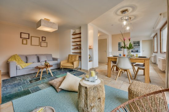 Far immo agence immobili re en haute savoie 74 vente for Achat maison annecy